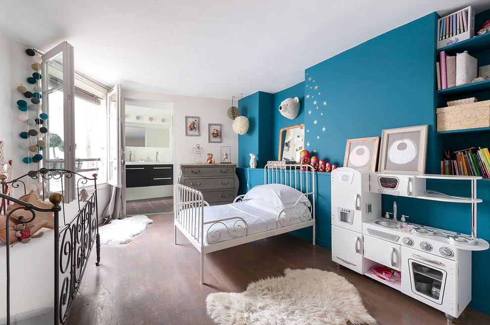Белая детская - дизайн детской комнаты