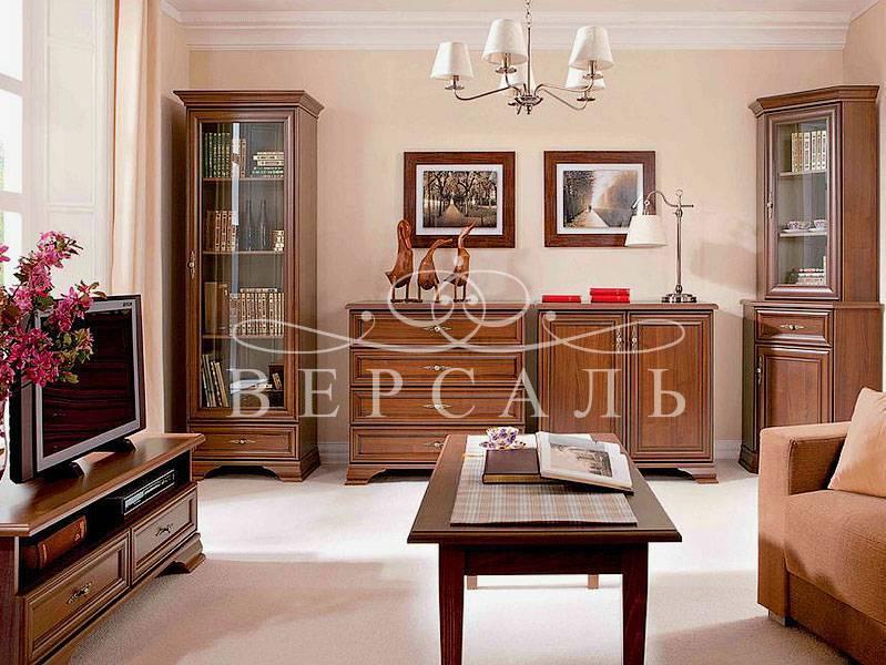 Шкаф-витрина (64 фото): угловые модели со стеклом и подсветкой в гостиной, модные узкие модели со стеклянными дверками
