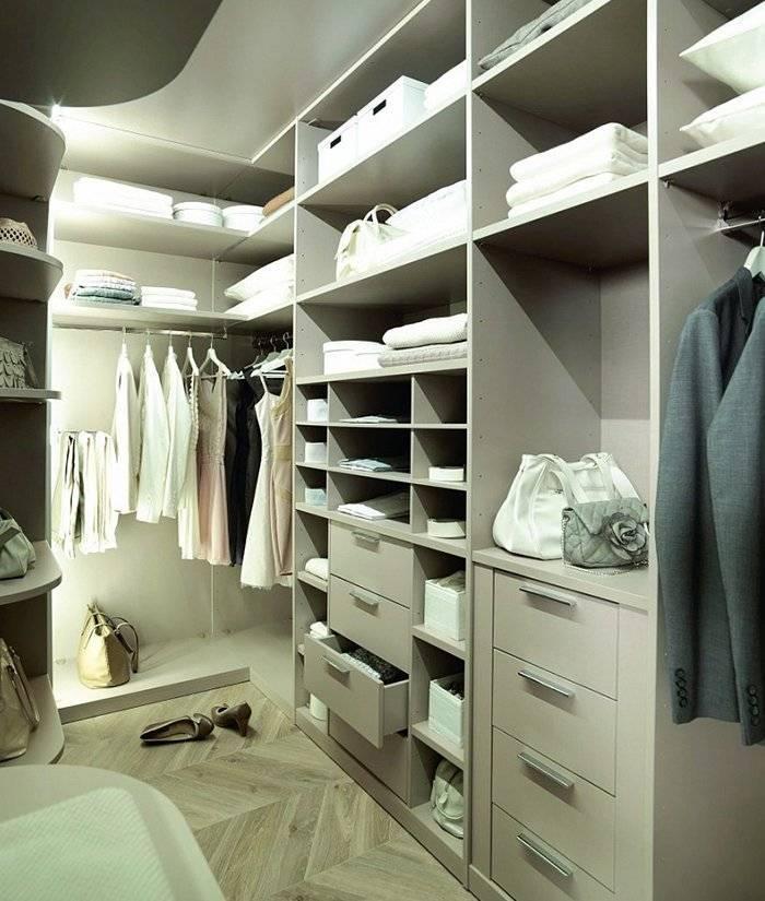 Маленькая гардеробная комната своими руками, как сделать, из чего