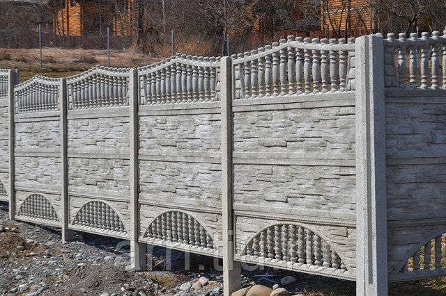 Забор избетона или как создать собственноручно непреступную крепость
