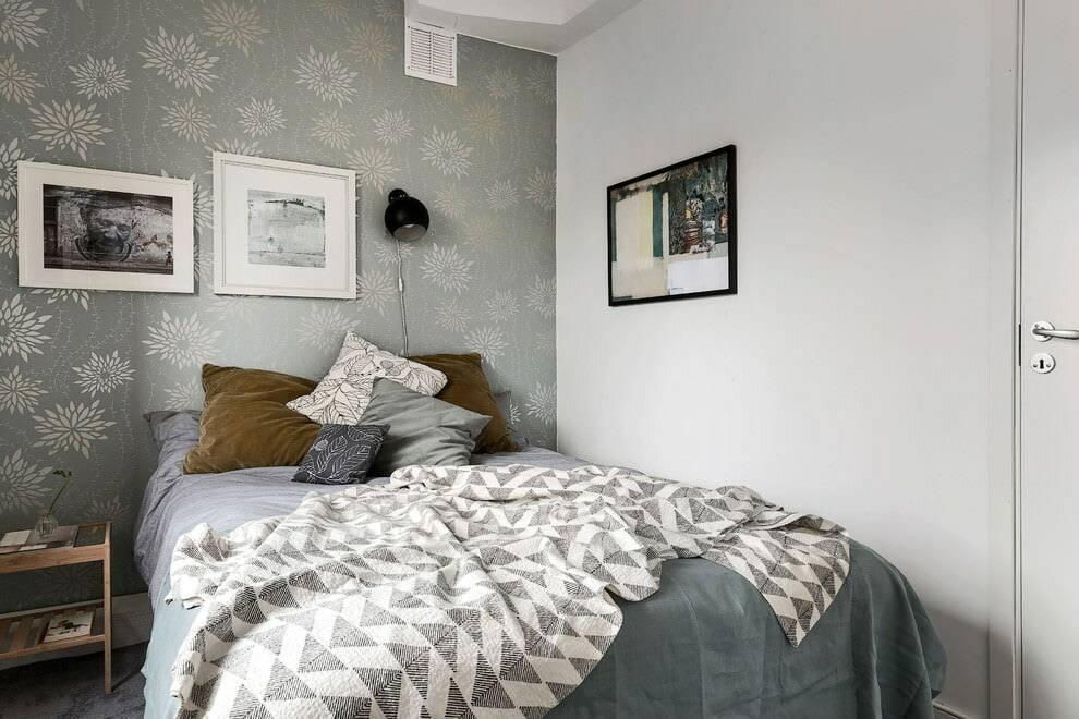 Выбор обоев для маленькой комнаты: идеи отделки небольших помещений с фото