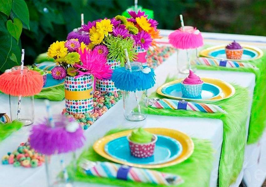 Как украсить стол на день рождения – декор и сервировка