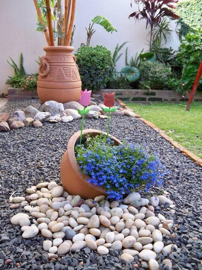 Каменные клумбы: нюансы подбора камня и устройство своими руками
