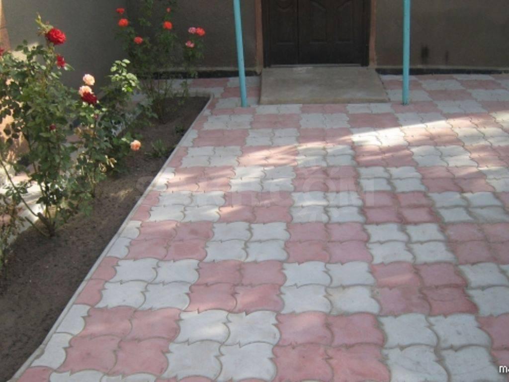 Как сделать садовую дорожку из брусчатки по всем правилам - школа ремонта