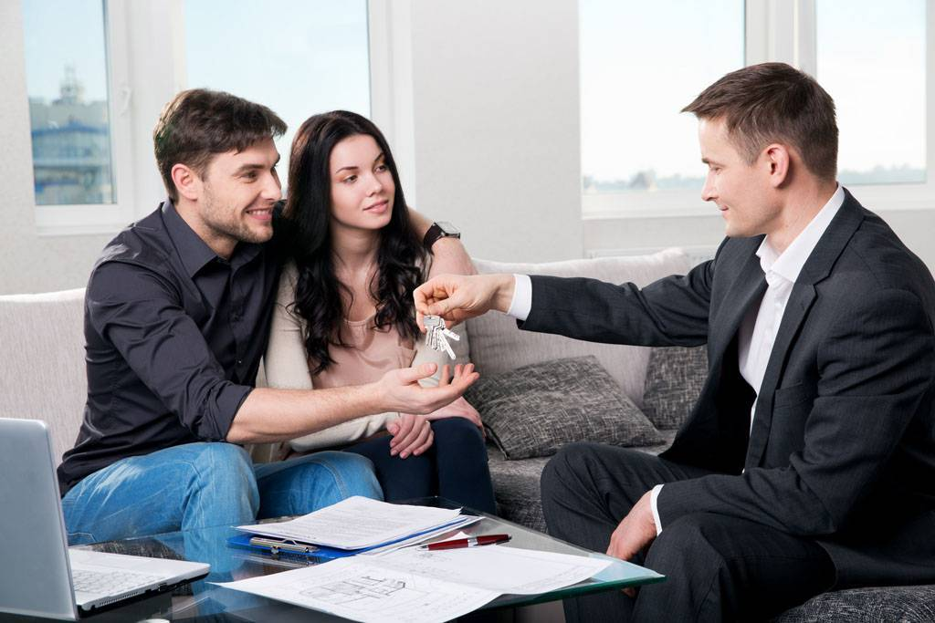 Как работают риэлторы по продаже квартиры - поиск покупателей, заключение и оформление сделки, стоимость услуг