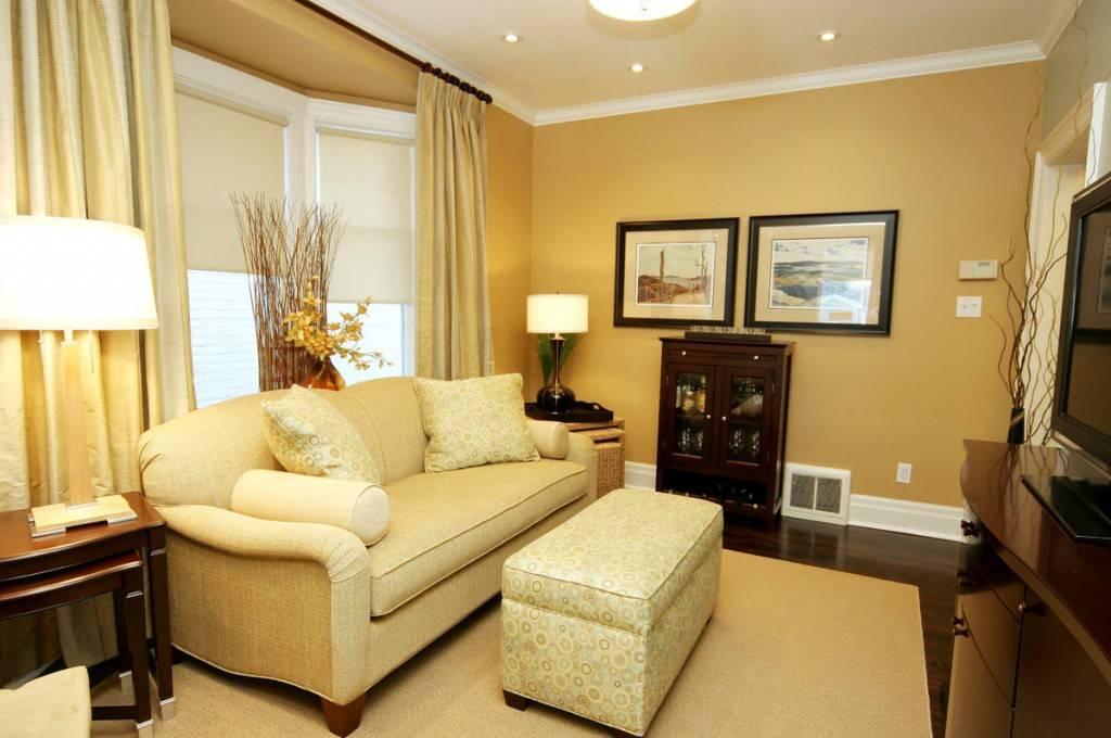 Красивые шторы в интерьере гостиной: стильные решения