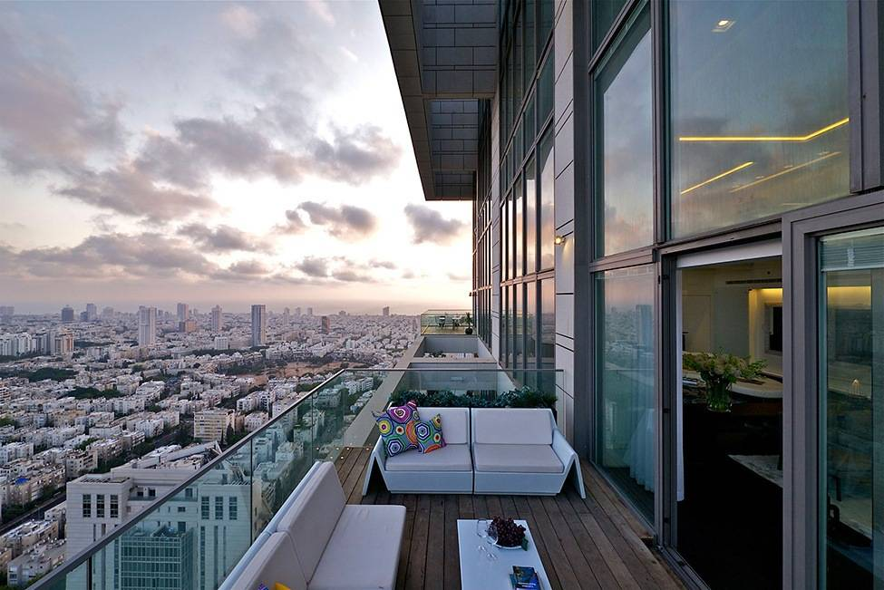 Чем плохи квартиры на последнем этаже, а в чем их преимущества - pro новостройку +7 800 301-79-56