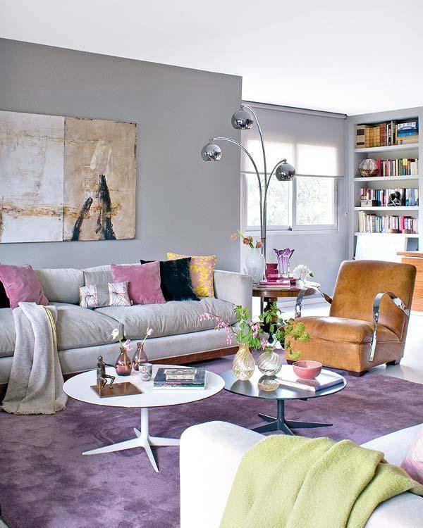 Дизайн гостиной в серых тонах в фото