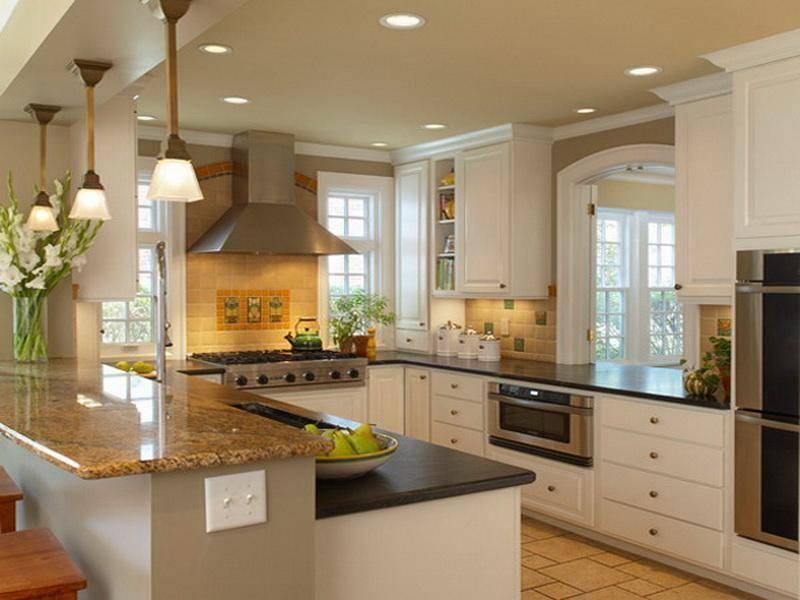 П-образные кухни с окном: особенности и способы планировки