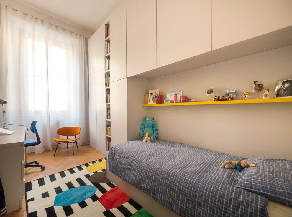 Как подобрать дизайн: узкая детская комната, длинная прямоугольная