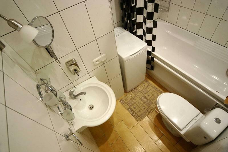 Варианты дизайна ванной со стиральной машиной в «хрущевке»