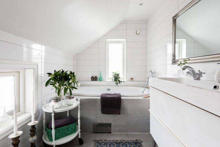 Ванная в скандинавском стиле: дизайн комнаты, идеи для плитки, туалета  - 26 фото