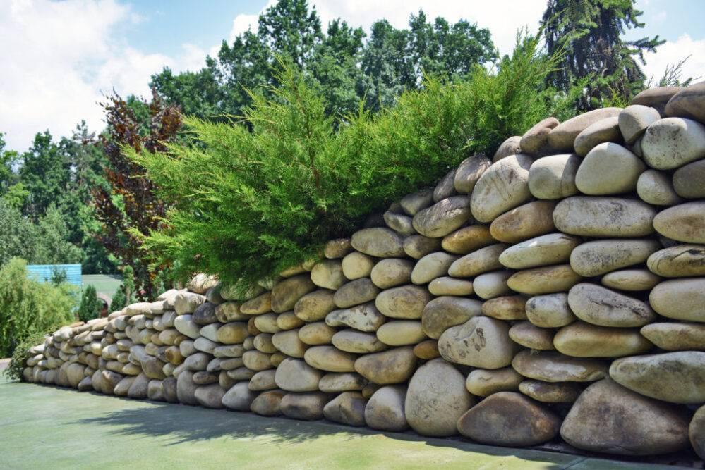 Как сделать каменный забор своими руками - пошаговая инструкция с фото и видео