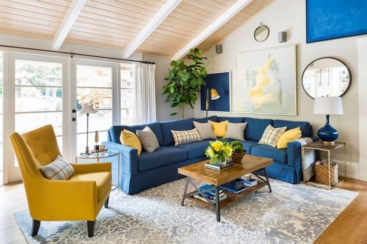 Синий диван: в интерьере гостиной, прихожей, кухни, спальни и детской комнаты