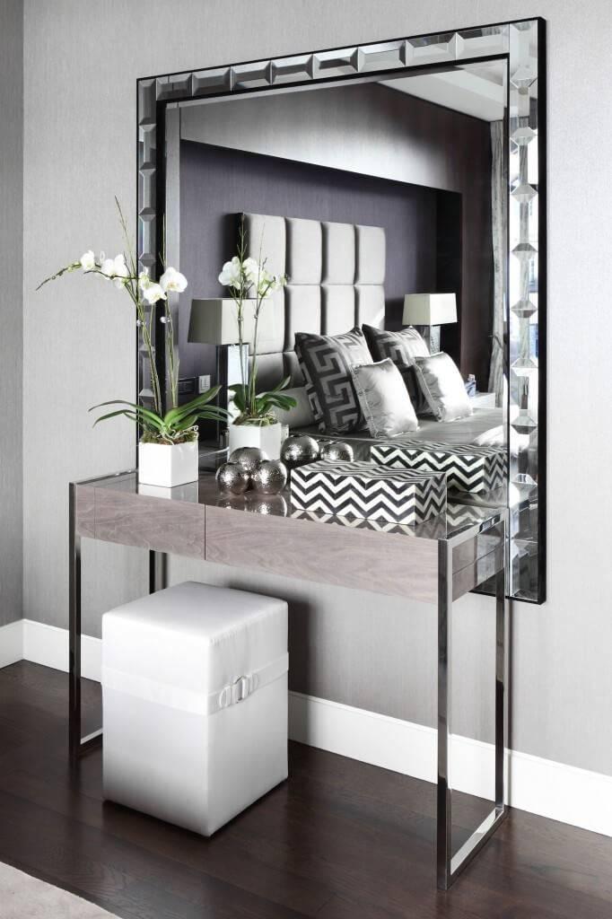 Зеркало в прихожую (85 фото): идеи-2021 дизайна настенных моделей с тумбой и обувницей, зеркальные трюмо в коридор