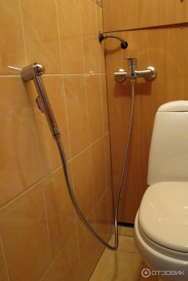 Как установить гигиенический душ в туалете - всё о сантехнике