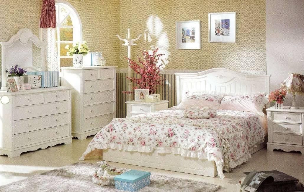 Фотографии примеров красивых спальных гарнитуров