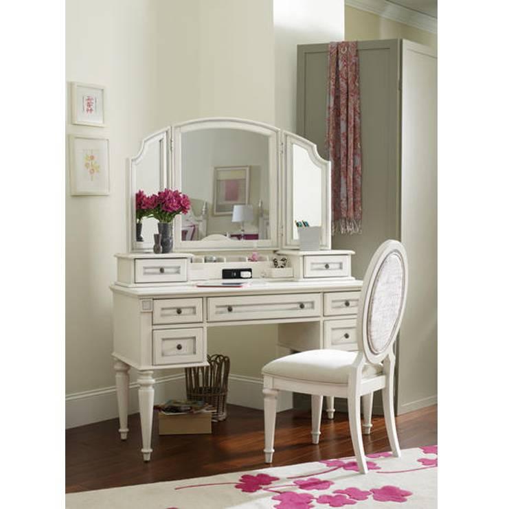 Трельяж (36 фото): что это, туалетный столик с зеркалом, настенные варианты с тремя зеркальными дверками