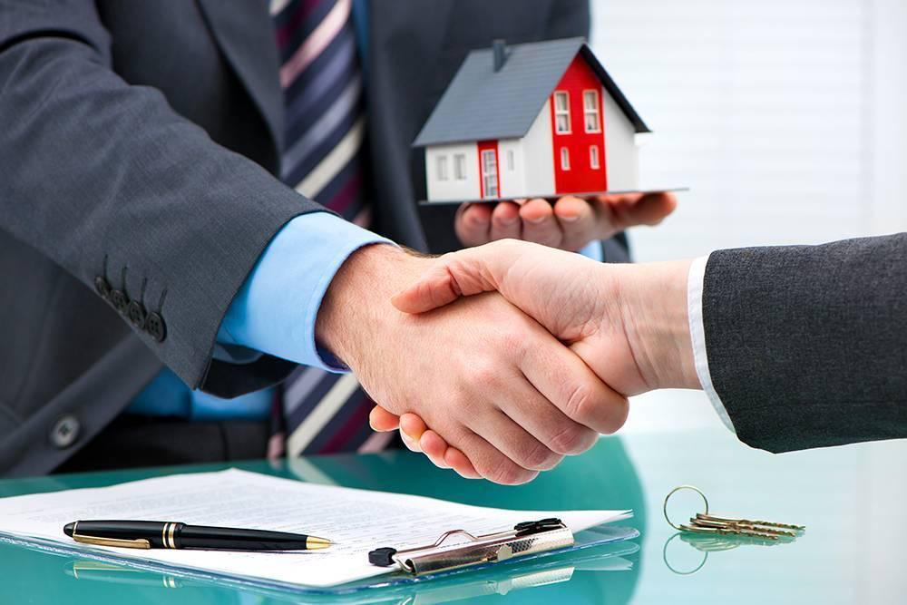 Сделки с недвижимостью: 10 незаменимых функций нотариуса - общество