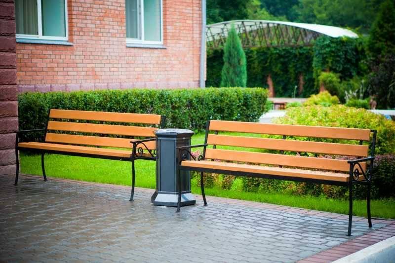 70 вариантов садовых скамеек для уютного сада