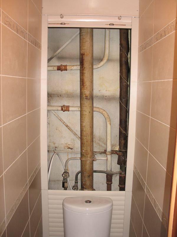 Как задекорировать трубы в туалете – наиболее практичные варианты