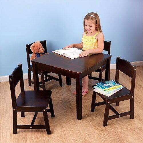 Деревянный кухонный стол (40 фото): особенности моделей из массива дерева, плюсы и минусы обеденных столов из дуба и сосны для кухни