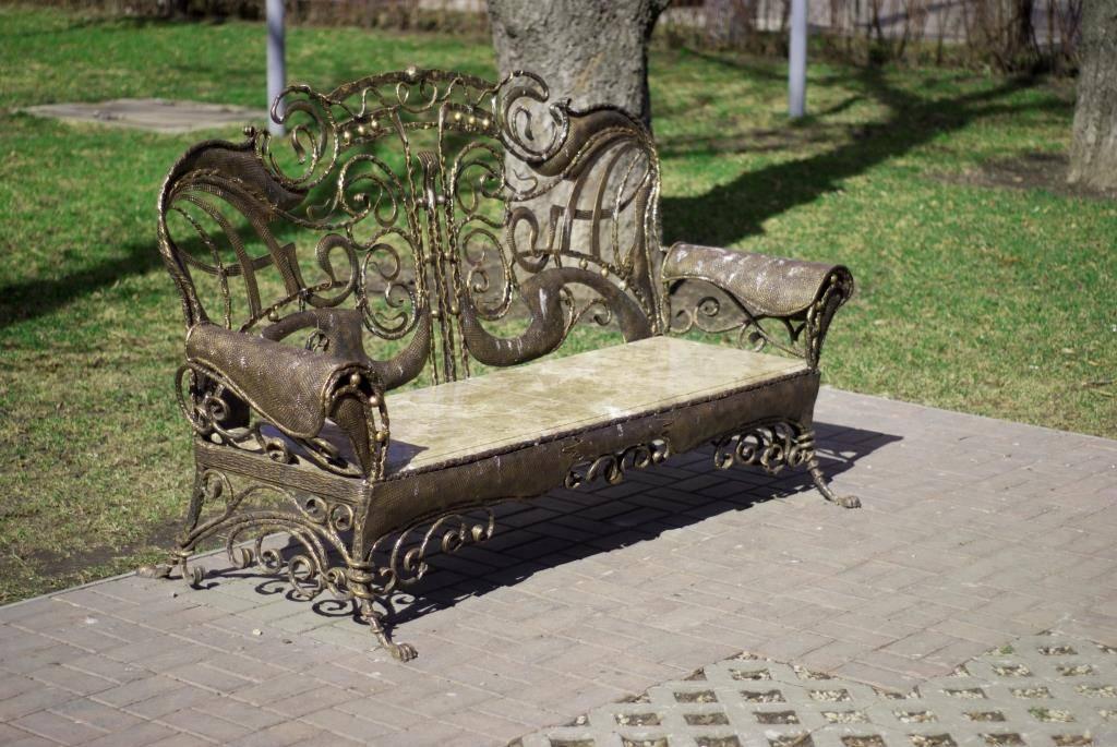 Разновидности и чертежи садовых скамеек, пошаговые инструкции для изготовления лавок своими руками