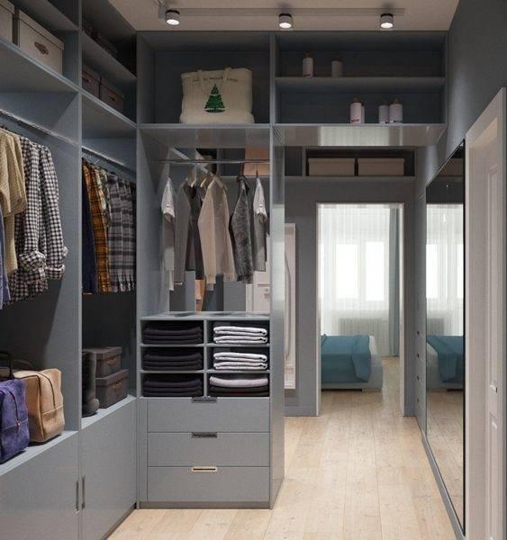 Маленькая гардеробная комната: дизайн-проекты небольшой по размеру, сделанной из кладовки, угловая, в прихожей, планировка, как обустроить