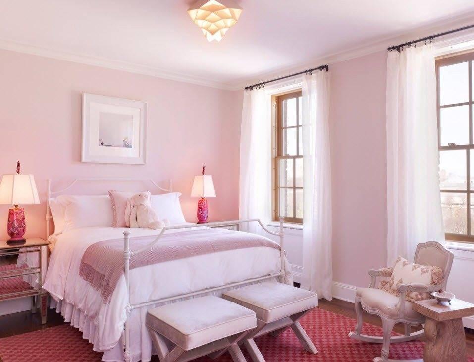 Розовая спальня (53 фото): дизайн интерьера в нежно-розовых тонах