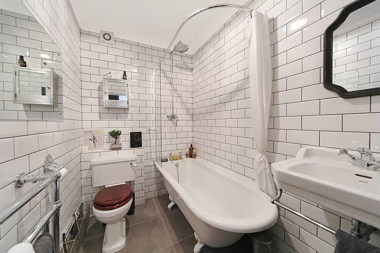 Белая ванная комната: дизайн, сочетания, отделка, сантехника, мебель и декор