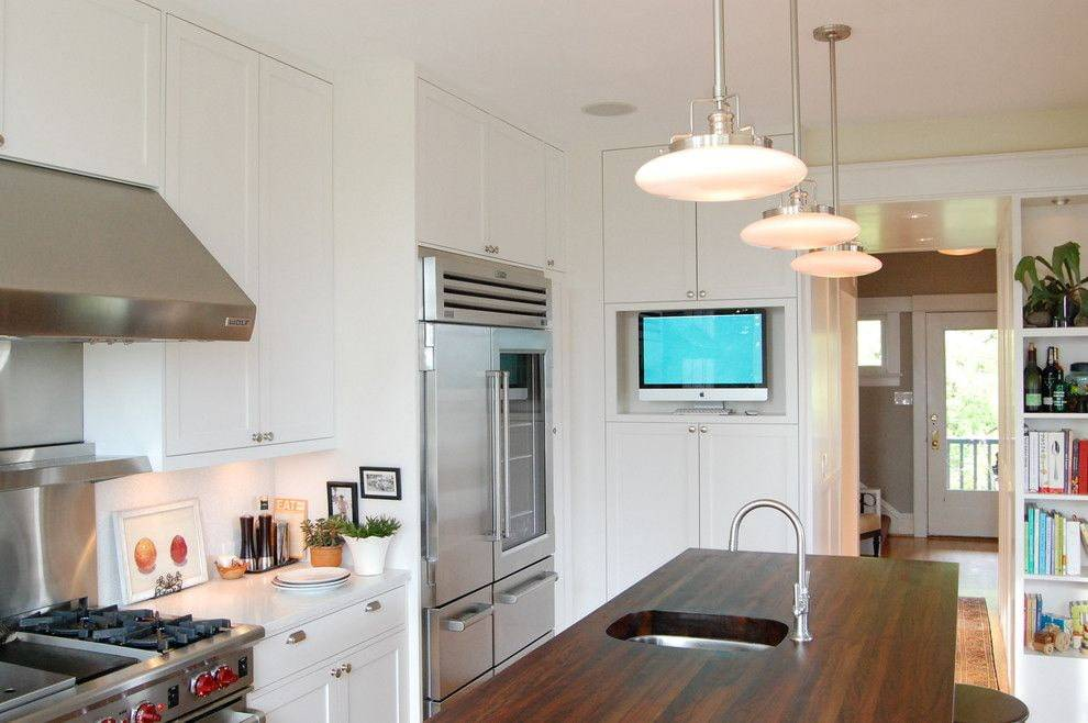 Телевизор для кухни недорогой на стену: как выбрать и повесить
