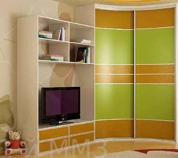 Маленькие угловые шкафы (43 фото): модели небольших размеров с зеркалом для одежды в гостиную и спальню