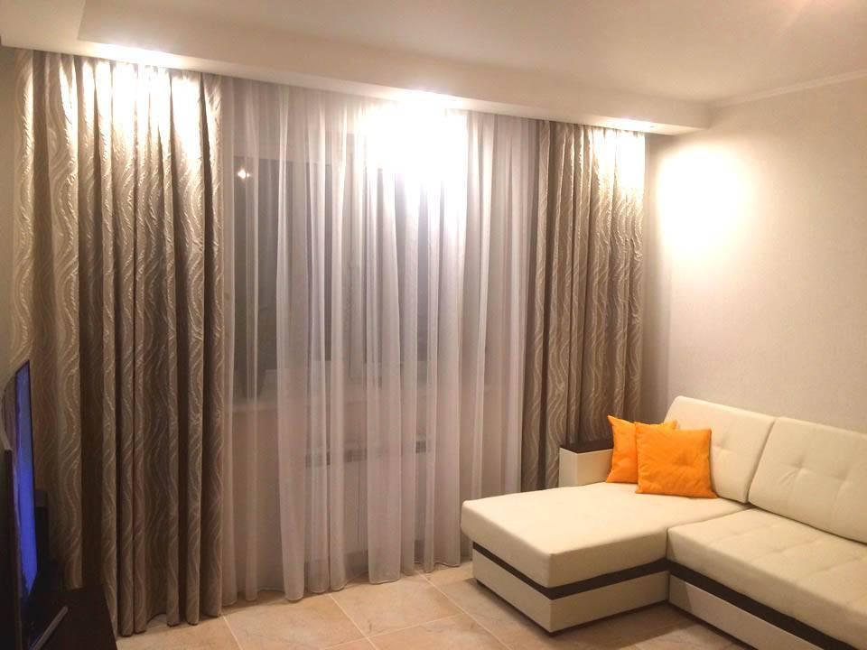 Тюль в зал без штор (70 фото): красивые новинки дизайна тюля для гостиной и советы по выбору