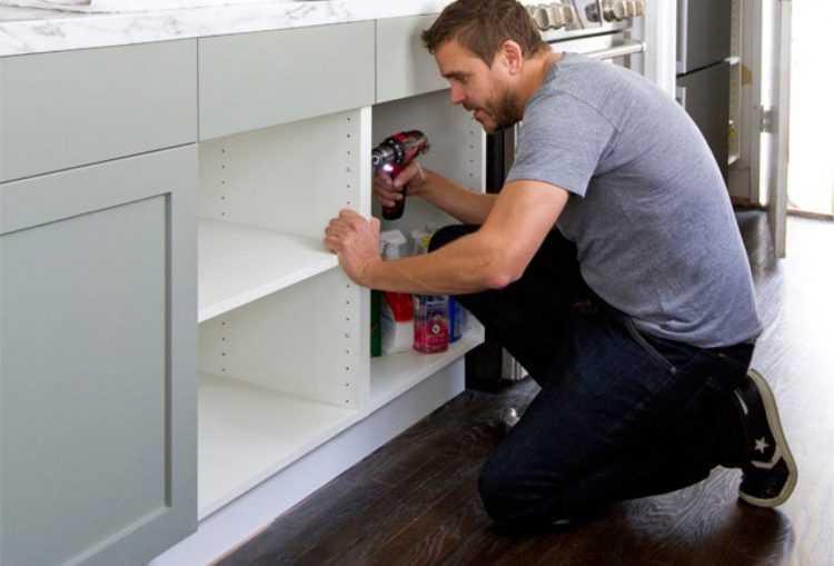 Кухня своими руками: правила сборки и установки