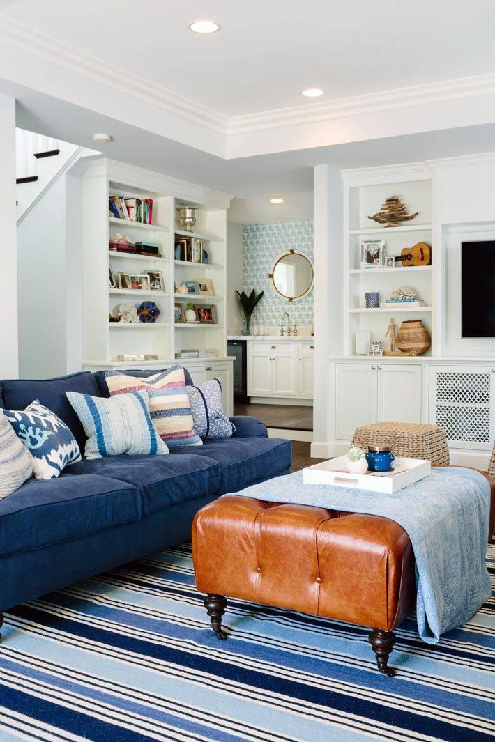 Голубой диван: правила интерьера с диваном голубого цвета