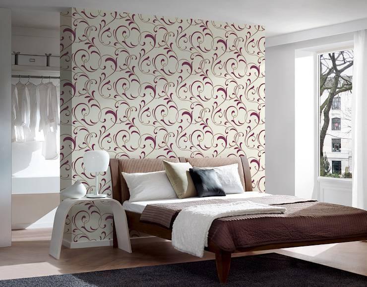 Как поклеить обои в спальне, в том числе маленькой: фото и идеи, как можно сделать это красиво и модно, как лучше оформить дизайн, нюансы для двух видов или цветов