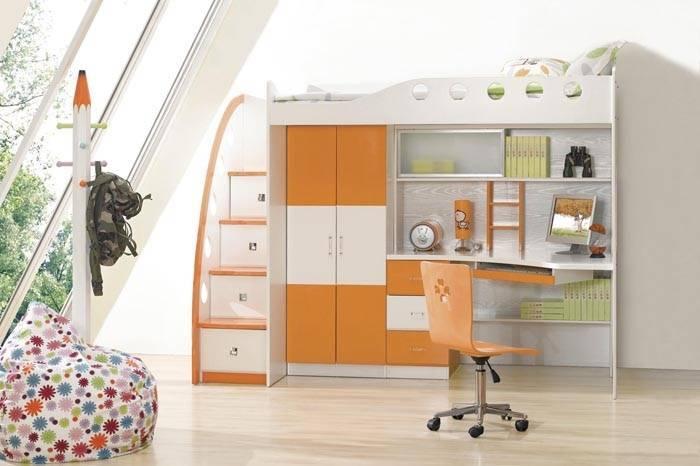 Двухъярусная кровать с письменным столом и шкафом для детей: спальное место и рабочая зона