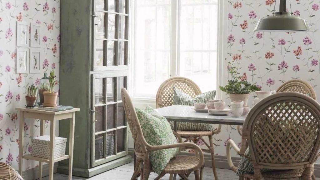 Очарование домашнего интерьера: выбираем нежные обои в стиле прованс