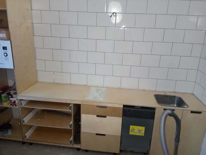 Кухонная мебель своими руками (84 фото): как сделать стол для кухни из дерева, реставрация, ремонт и сборка