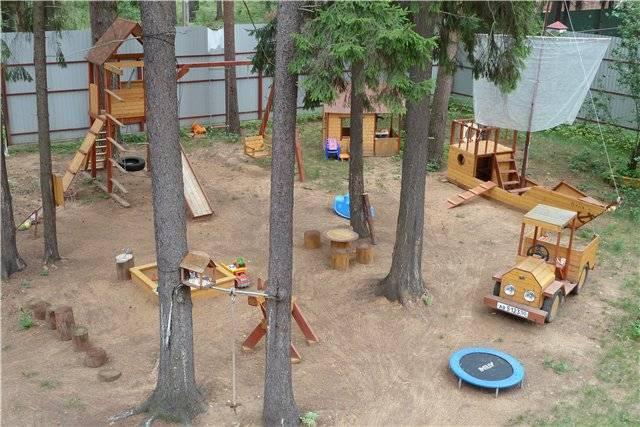 Как построить детский игровой домик своими руками