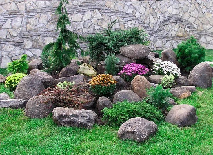 Клумба из камней: 70 фото красивых и интересных проектов, советы по оформлению