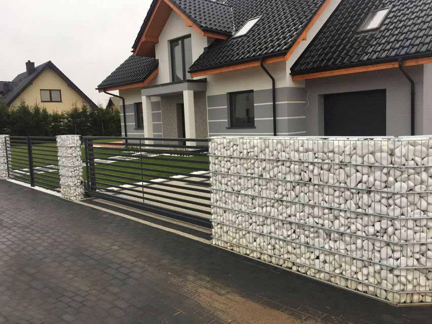 Забор из габионов (38 фото): каменный габионовый забор, технология укладки камней