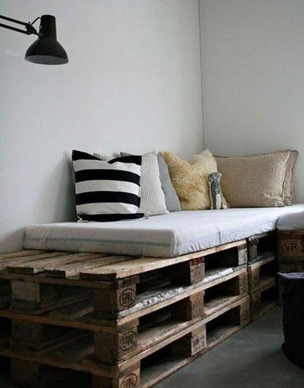 Простые идеи для вашего интерьера: изготавливаем мебель из деревянных поддонов