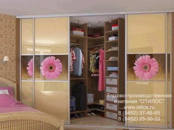 Встраиваемый шкаф-купе (143 фото): встроенный  угловой в комнату, модели в нишу, радиусные