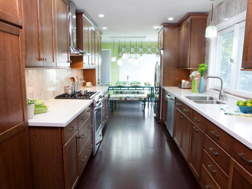 Дизайн узкой кухни – советы и примеры