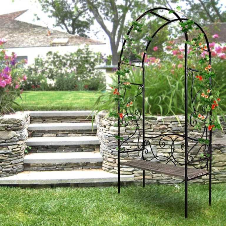 Кованые арки: садовые, для растений, цветов и винограда, над воротами и калитками, на крыльцо, входные, возле дверей, холодная и художественная обработка