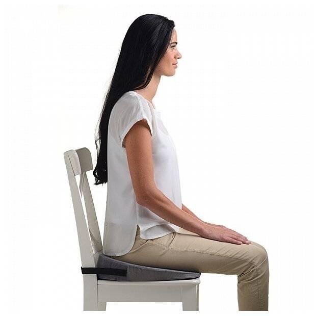 Подушка для кресла: выбираем под спину и голову, для садового и рабочего кресла, ортопедическая, из гречневой лузги