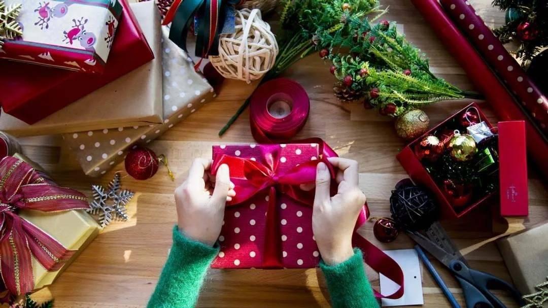 Подарки на новый год своими руками: 16 идей