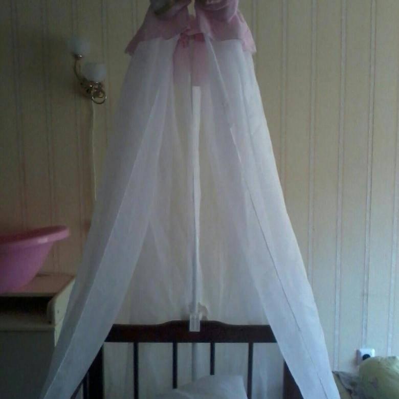 Как повесить балдахин на кроватку младенца
