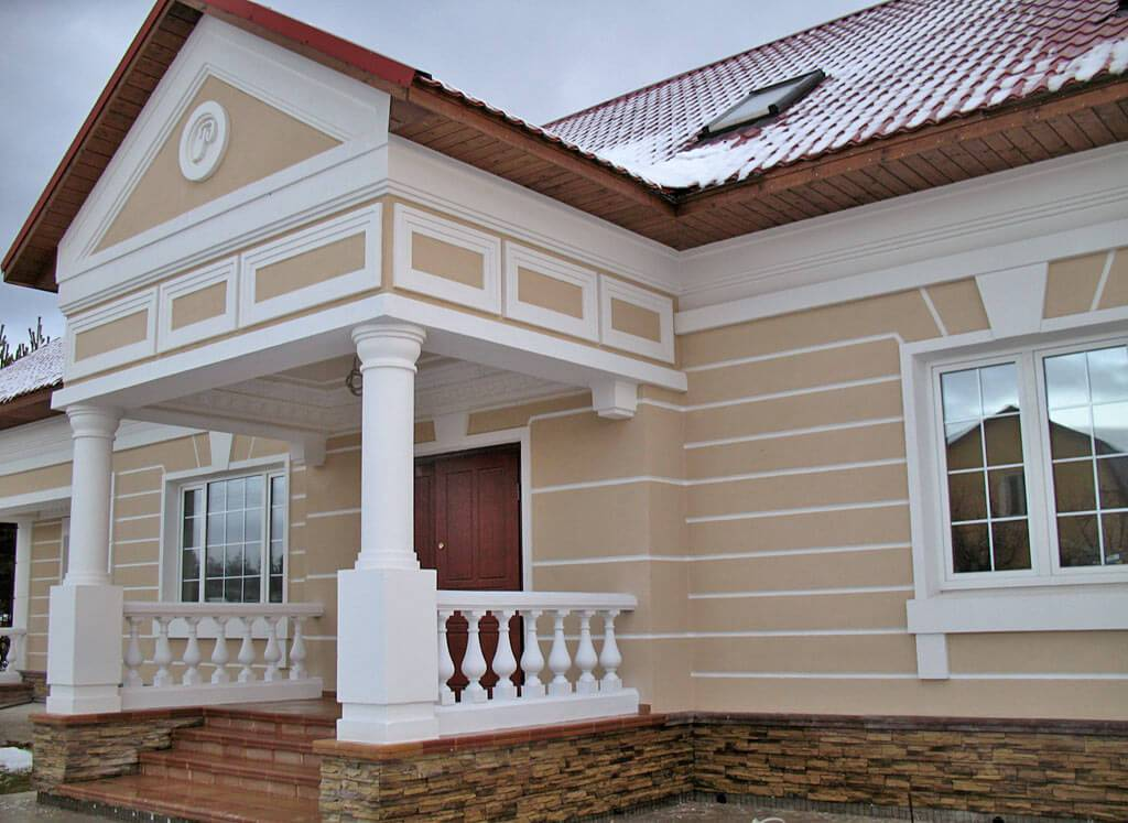 Фасад дома под старину